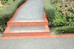 nubrik-edging clay paving